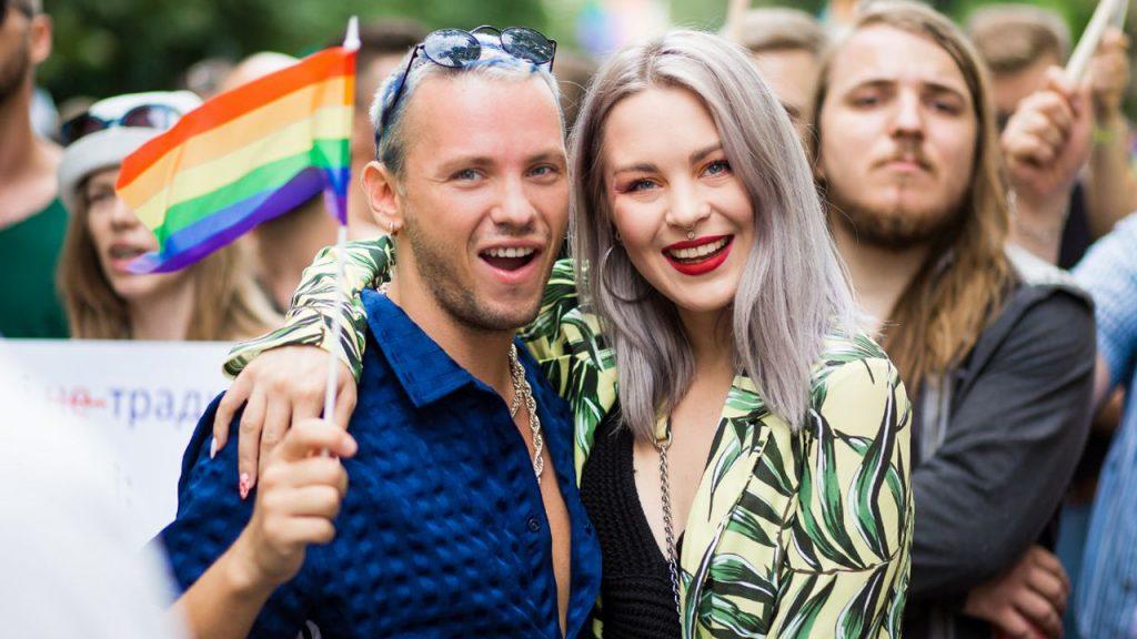 Украинские звезды записали песню о толерантности