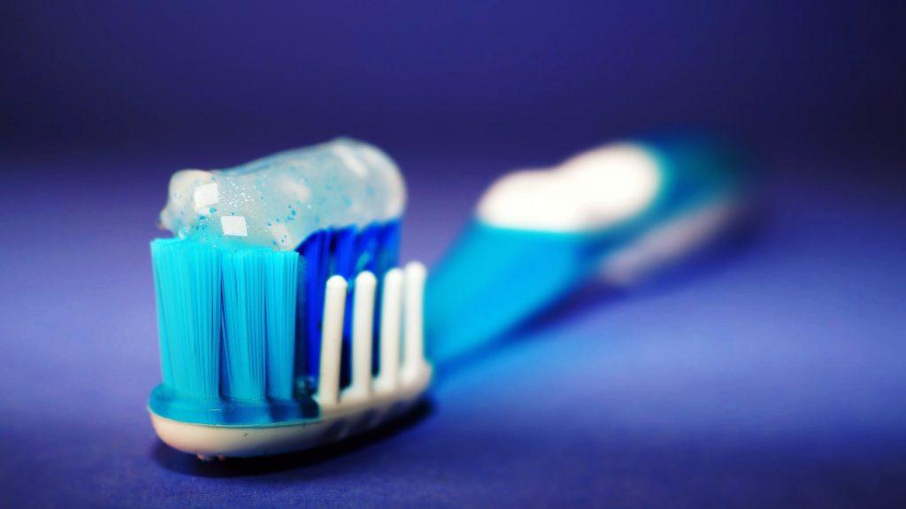 Может зубная паста показать, беременна ли женщина?