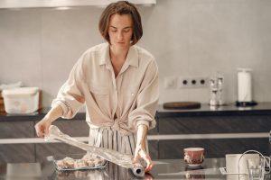 Вредно ли готовить в фольге: комментирует доктор Наталья Зубарева