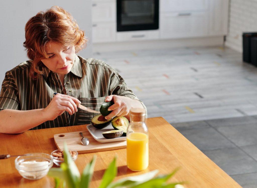 Борьба с лишним весом: что делать и есть женщинам старше 40 лет?