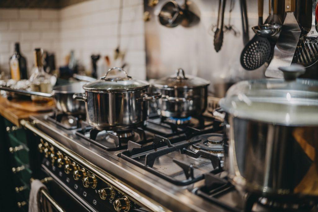 Газовая плита ухудшает воздух в доме: как сократить загрязнение?