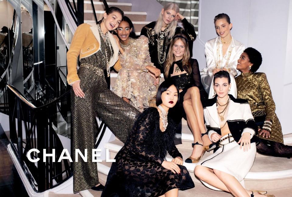 Как выглядит девичник супермоделей: Chanel представляют новый кампейн