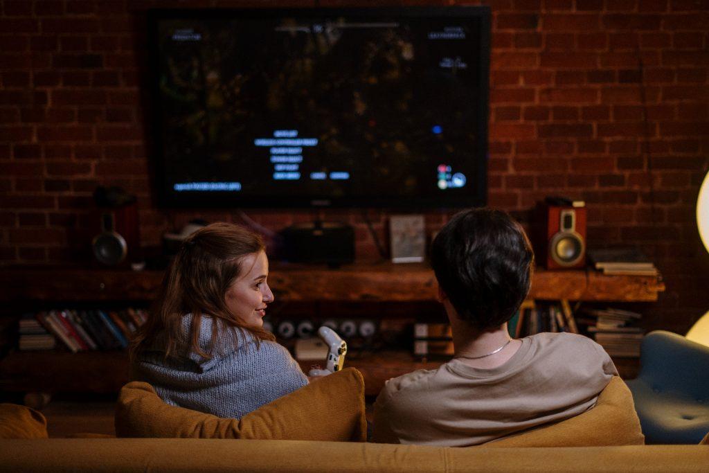 Почему во время пандемии люди смотрят фильмы ужасов, а не комедии?