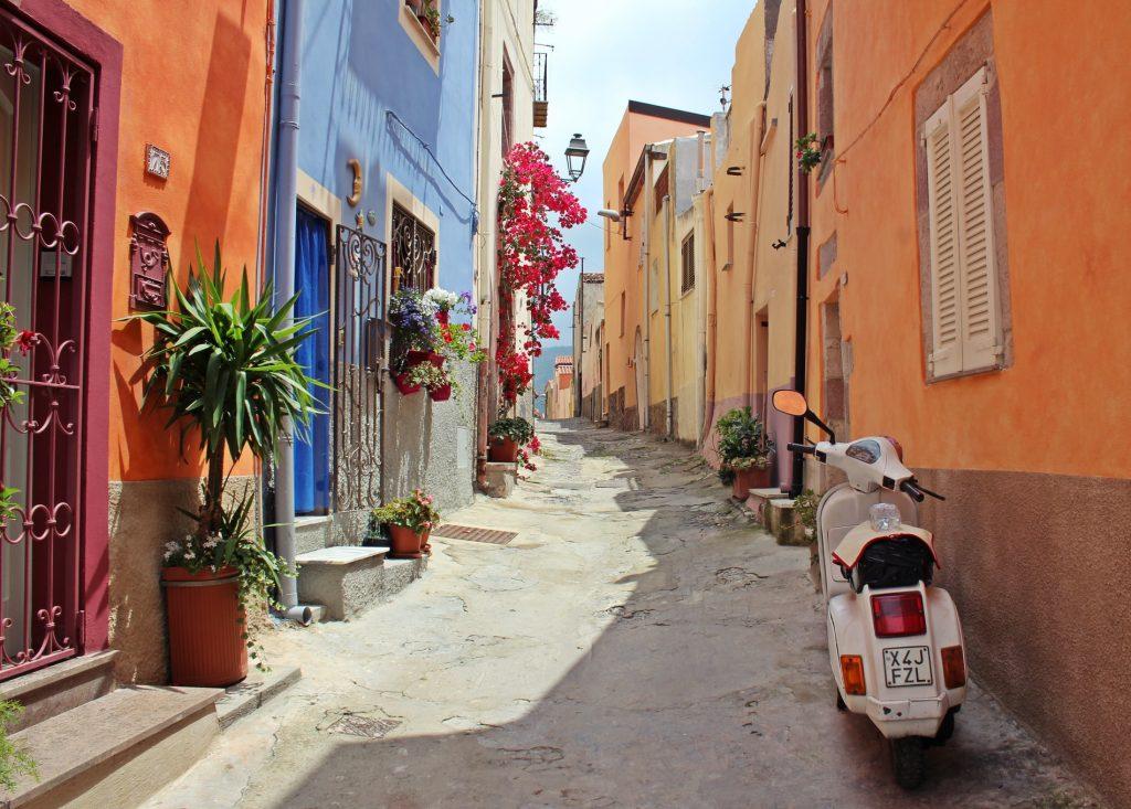 Место в Европе, где решили предоставить бесплатное жилье туристам