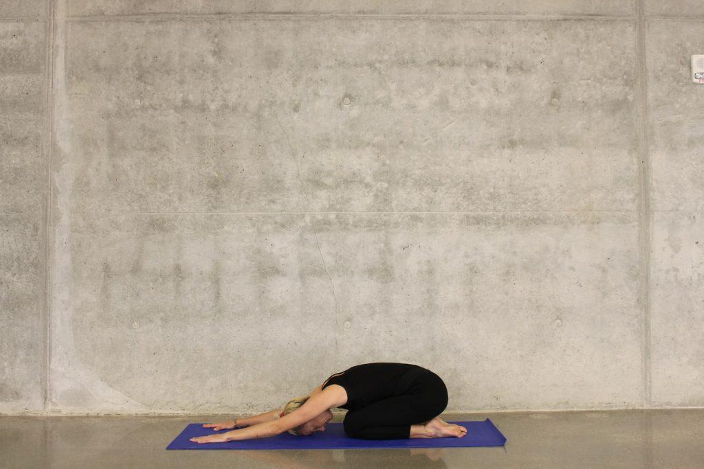 3 упражнения на растяжку, которые избавят от боли в пояснице