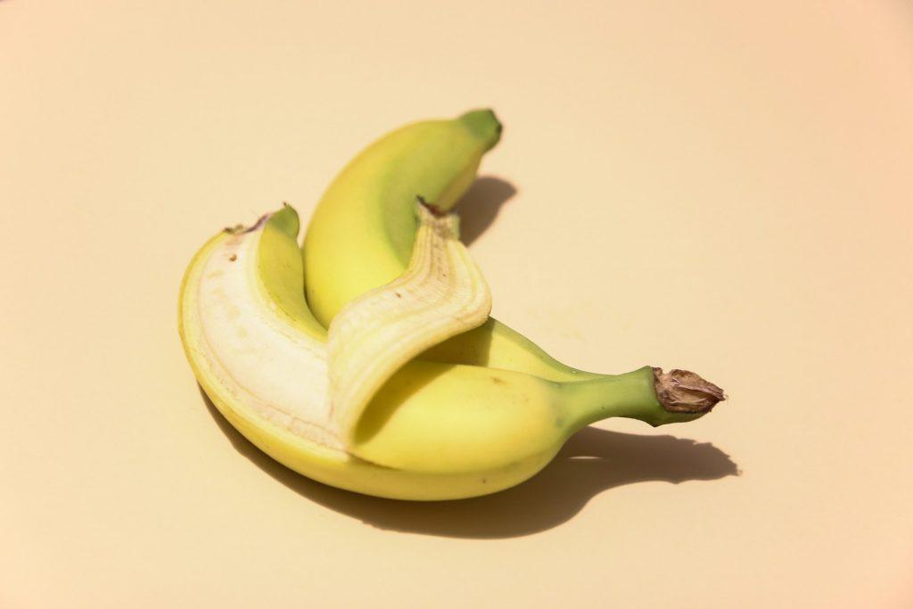 Поможет ли поедание банановой кожуры стать стройной?