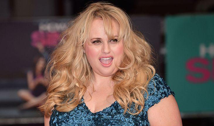 Пышка Ребел Уилсон призналась, что режиссеры заставляли ее толстеть