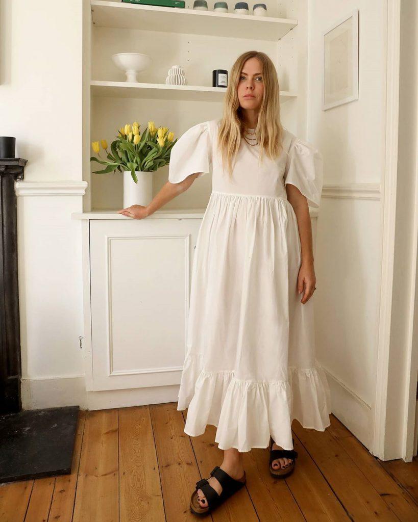 Как выглядит базовый летний гардероб: 7 маст-хэвов, чтобы быть в тренде