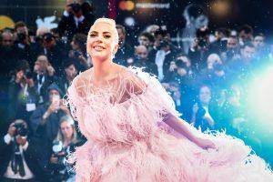 Леди Гага стала новым лицом Valentino Beauty