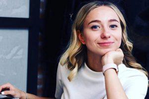 25-летняя супруга Виктора Павлика опубликовала фото в купальнике