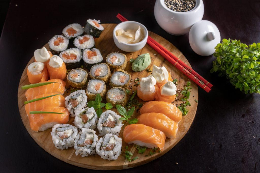 Как часто можно есть суши и другую сырую рыбу без вреда здоровью?