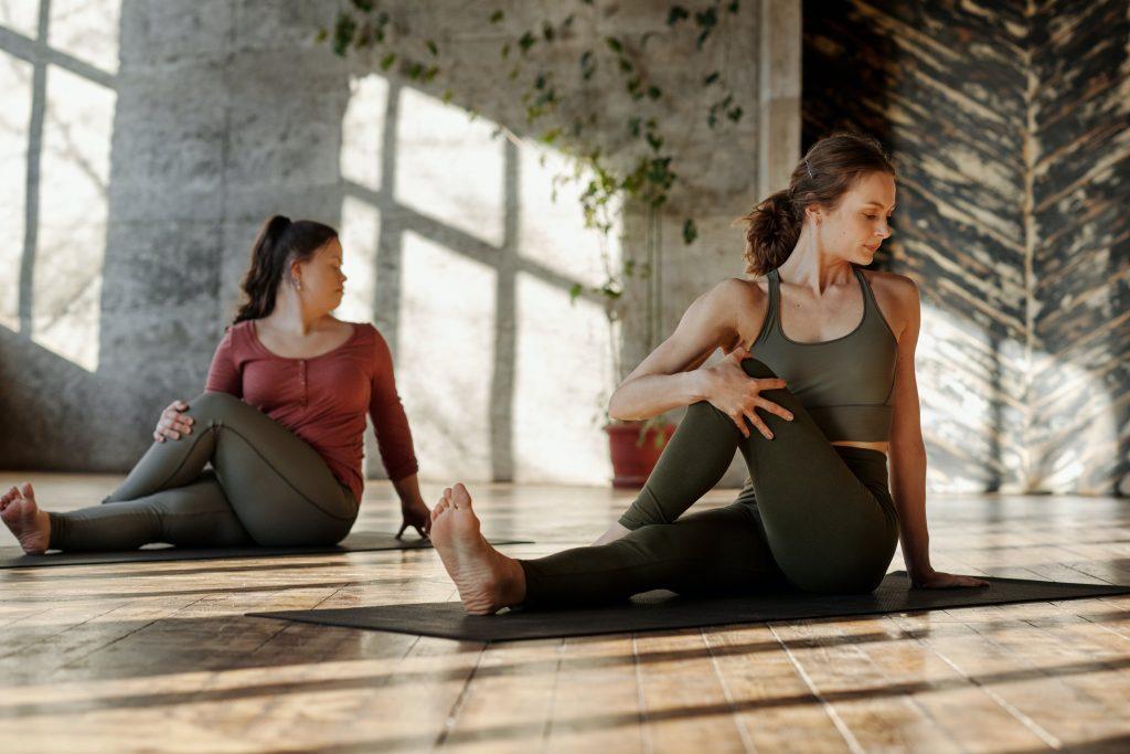Как улучшить гибкость: 3 упражнения для женщин любого возраста