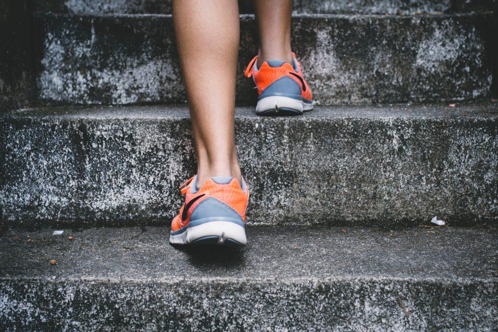 4 простых совета, которые помогут совершать 10 000 шагов каждый день