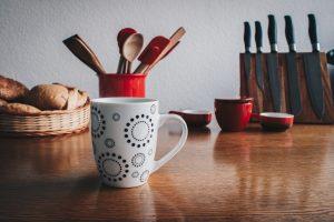 5 предметов на кухне, которые кишат микробами (помимо губки)
