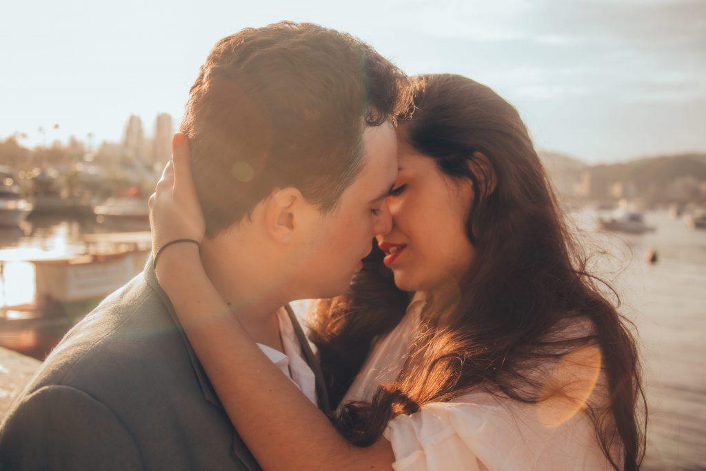 5 ужасных заболеваний, которые вы можете получить от простого поцелуя