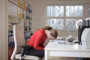 Как снять напряжение от работы за компьютером: советы и упражнения для глаз