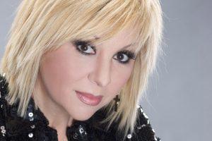 Трагически ушла из жизни популярная 54-летняя российская певица