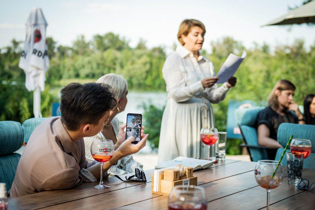 Летний коктейль: как проходила встреча организаторов Недели моды в Украине с дизайнерами
