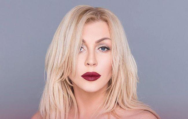 Ирина Билык поцеловала в губы популярную певицу