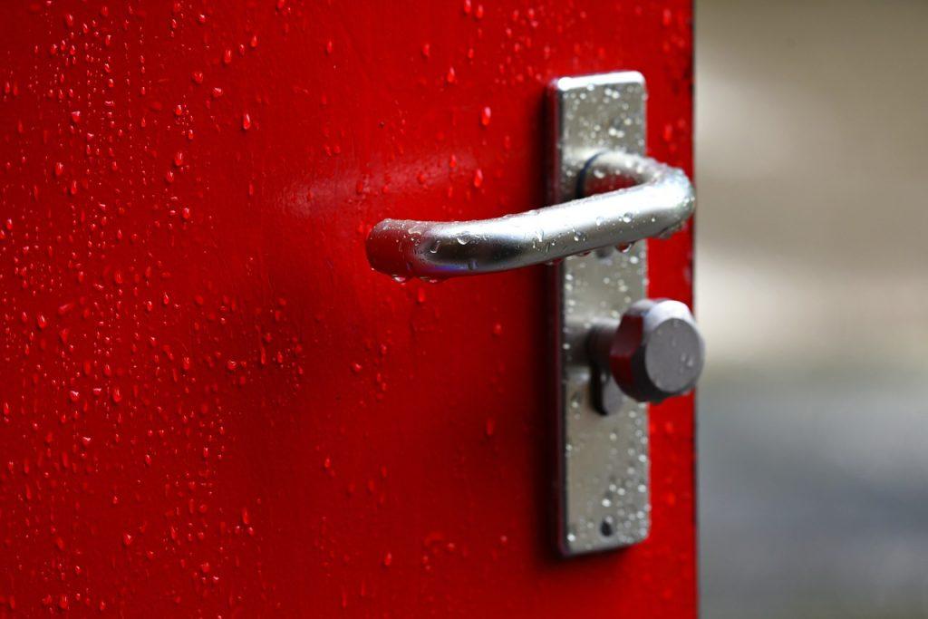 16 вещей, которые нужно дезинфицировать на регулярной основе