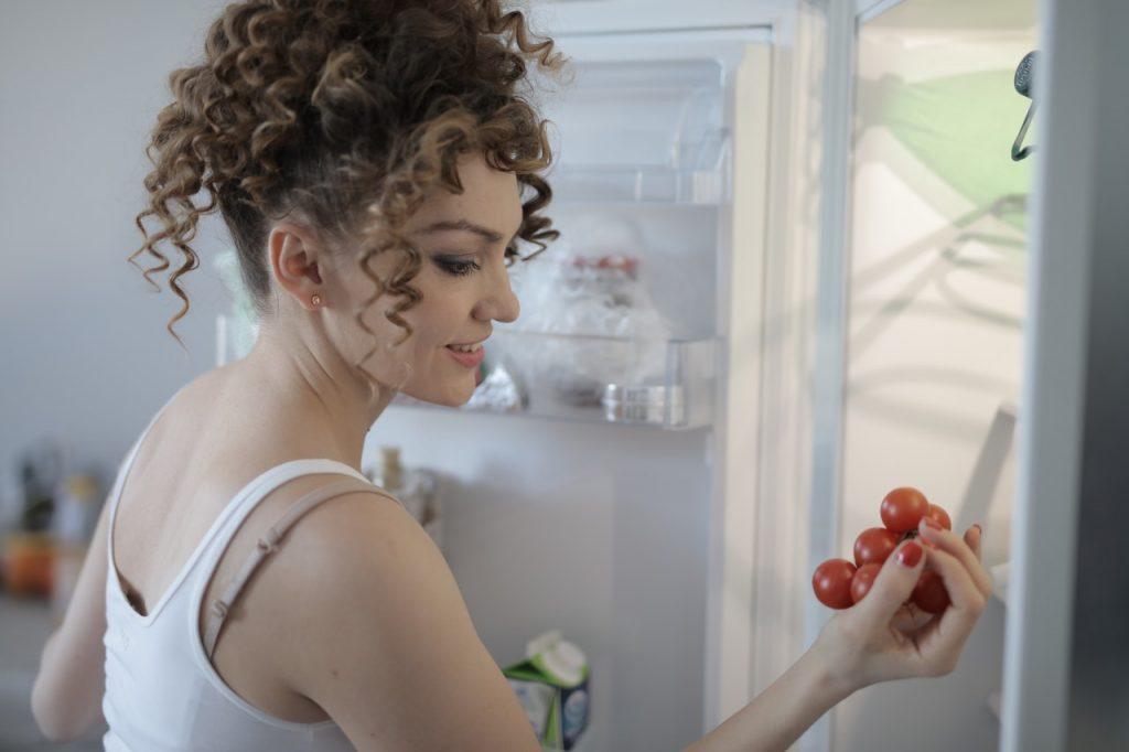 5 неожиданных продуктов, которые не стоит хранить в холодильнике
