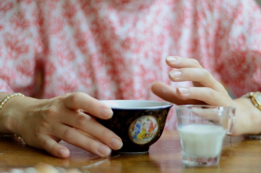 Как варить чай «по-королевски»: рассказывает поставщик чая Елизаветы II