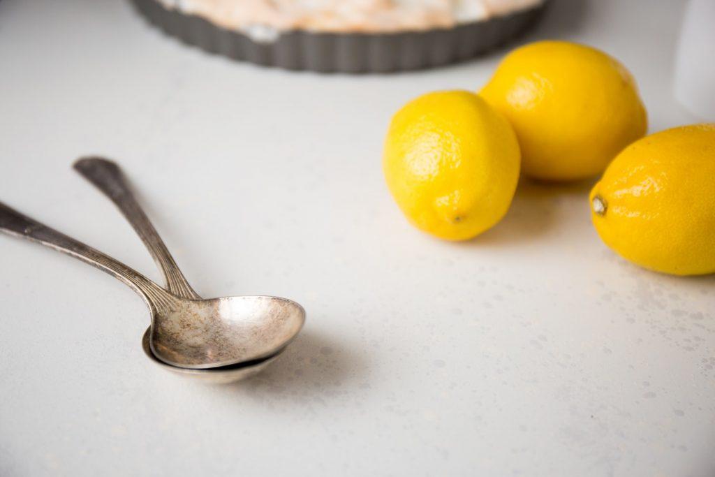 Красота и здоровье: как использовать лимон не по прямому назначению