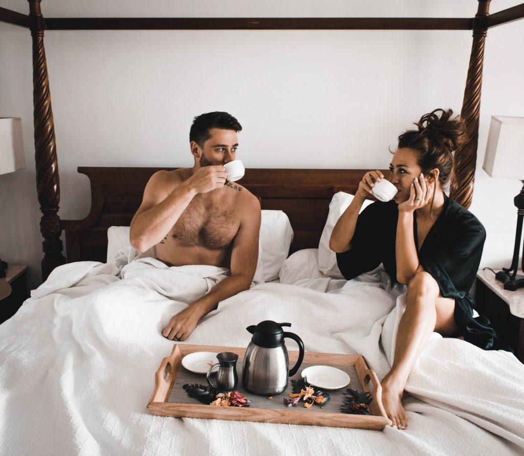 6 вещей, которые мужчины хотят от любимых в постели, но не просят о них