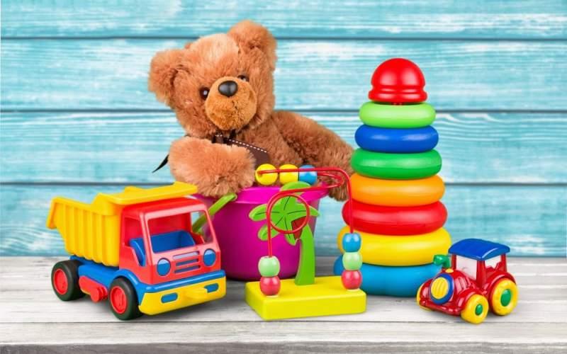 На что обратить внимание выбирая игрушки для ребенка?