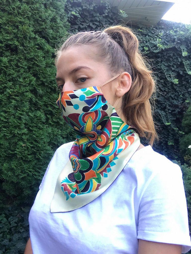 Безопасно и стильно: платки от OLIZ, которые заменят защитную маску