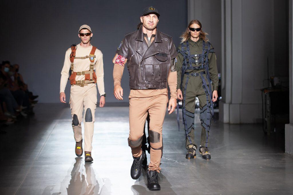 Униформа коммунальных служб: Кличко дефилировал по подиуму на Ukrainian Fashion Week