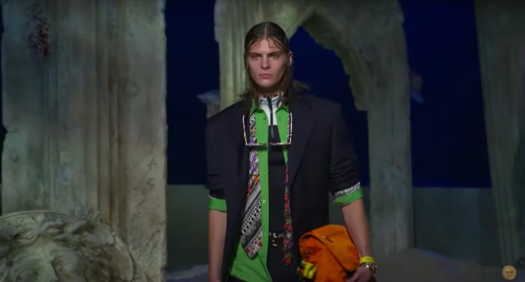 Суперярко и сексуально: новая коллекция от Versace