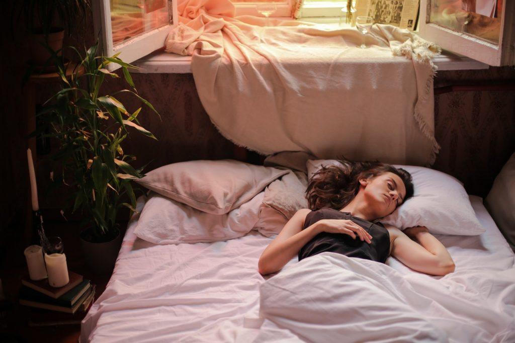 Как правильно выбрать матрас с учётом вашей любимой позы для сна
