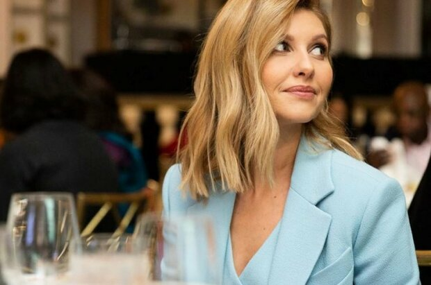 Украинская икона стиля: Елена Зеленская примерила деловой костюм кремового цвета