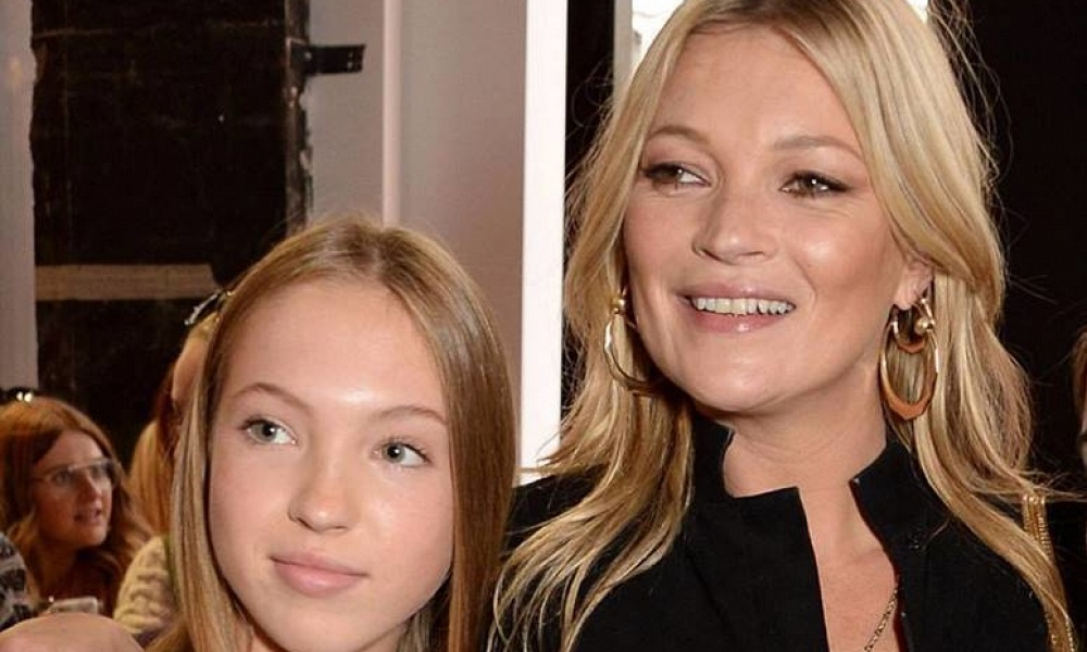 18-летняя дочь Кейт Мосс дебютировала на подиуме