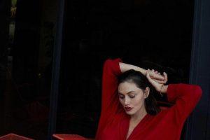 """Звезда сериала """"Дневники вампира"""" запустила собственный бренд одежды Lesjour"""