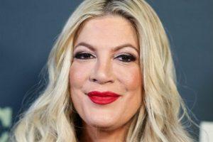 Звезда сериала «Беверли Хиллз 90210» призналась, что ее травили из-за внешности