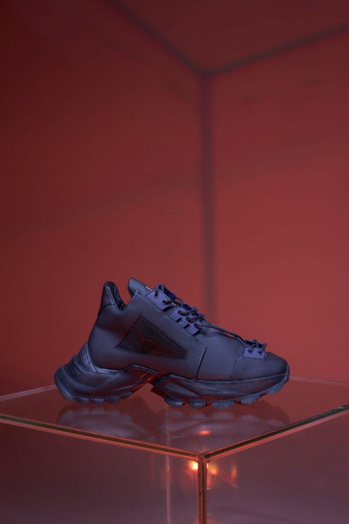 Выход за пределы привычного: линейка обуви от ALI SAULIDI