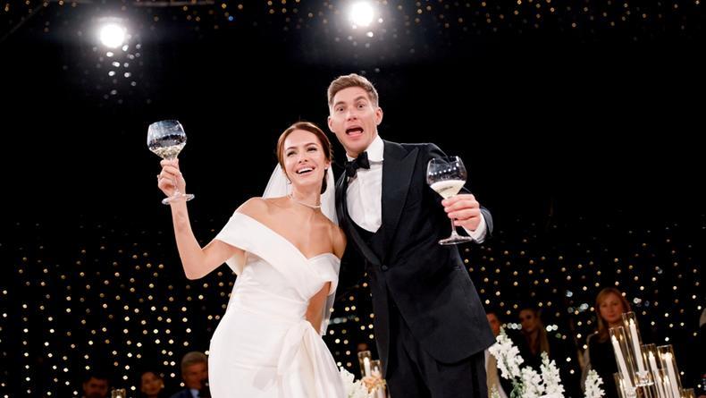 Владимир Остапчук и Кристина Горняк представили необычный свадебный фильм