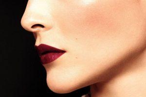 Праздничное настроение и много золота: что показали Chanel Beauty в новом запуске
