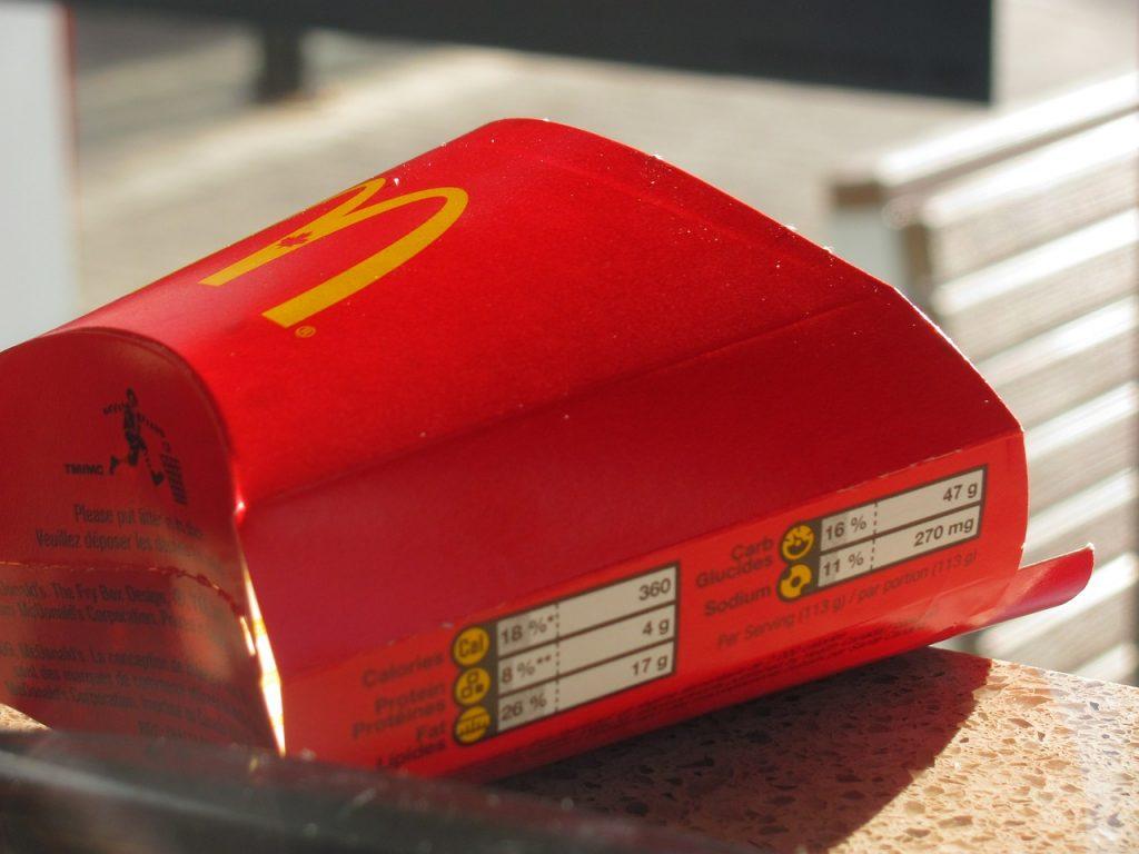 Ломаем стереотипы: что полезного можно заказать в McDonald's?