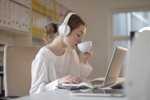 Лучше зеленого? 5 полезных свойств белого чая для вашего здоровья