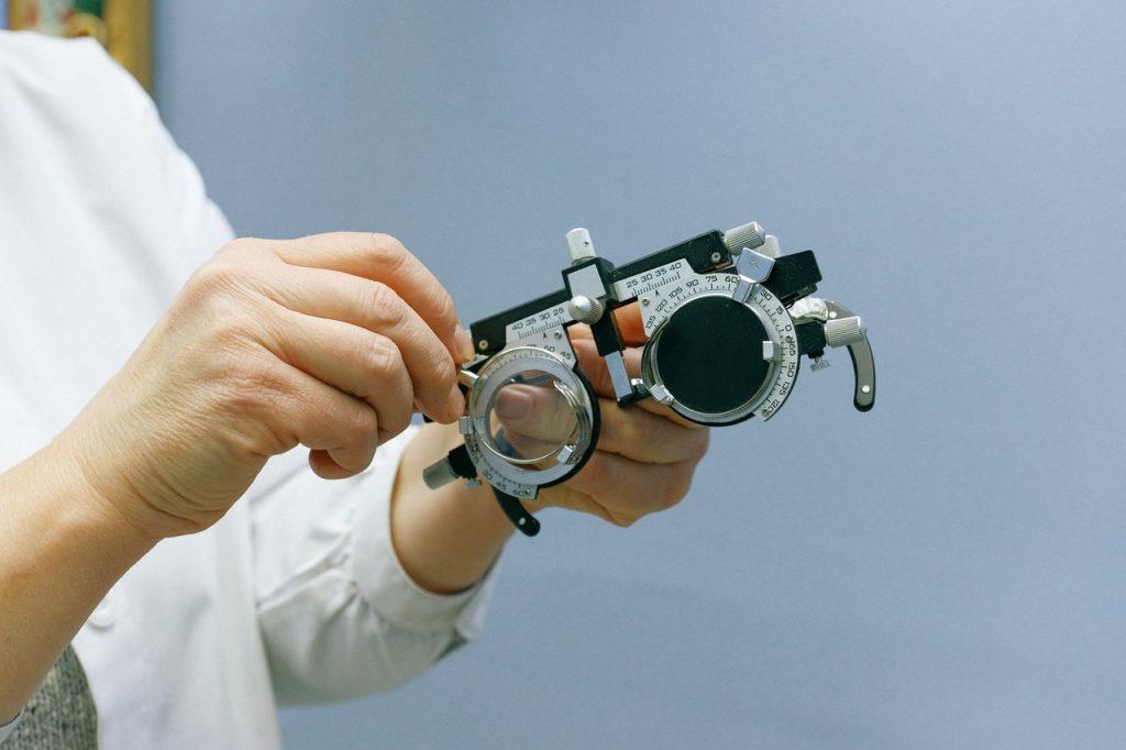 О чем нужно перестать врать своему офтальмологу при следующем визите