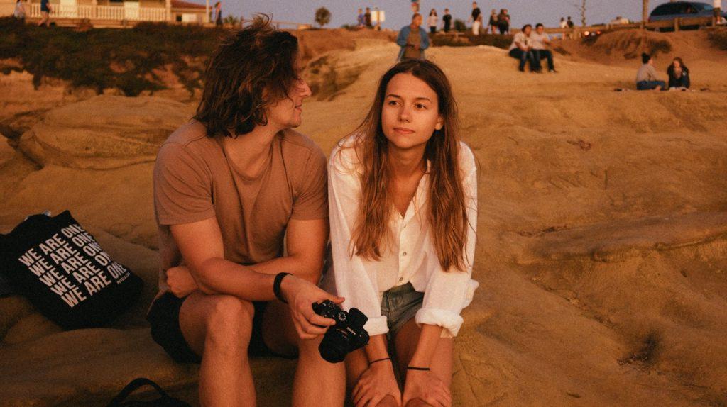 5 «безобидных» фраз, которые говорят люди, желающие изменить партнёру