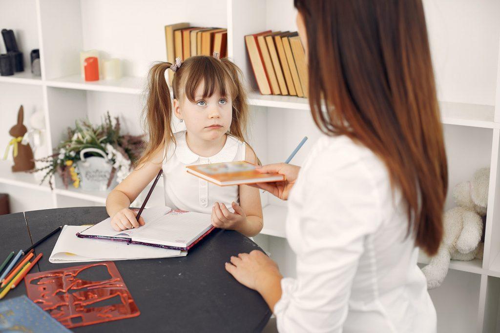 Ребенок отказывается делать домашнее задание: что вы можете предпринять?