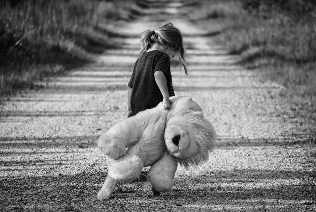 Как детская травма может повлиять на ваши романтические отношения