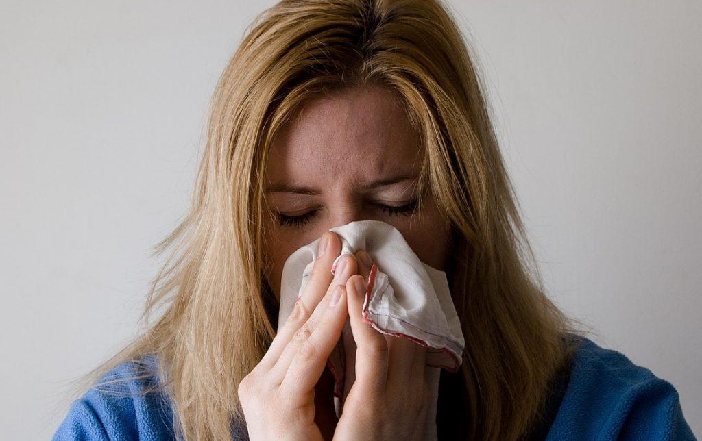 Является ли заложенный нос симптомом COVID? Что говорит эксперт