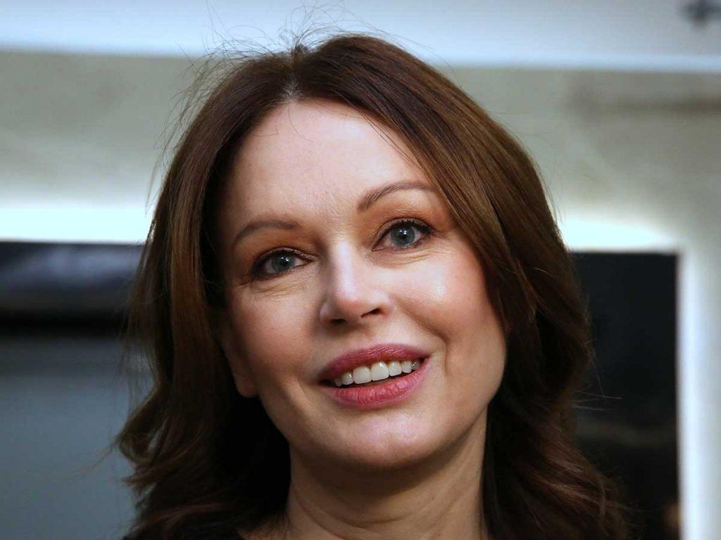 Ирина Безрукова представила свою первую автобиографическую книгу