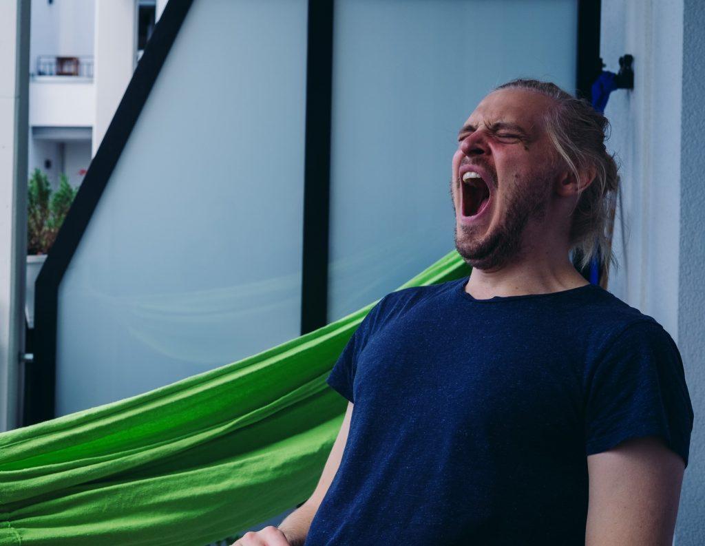 Причины, почему вы зеваете во время тренировки, которые вас удивят