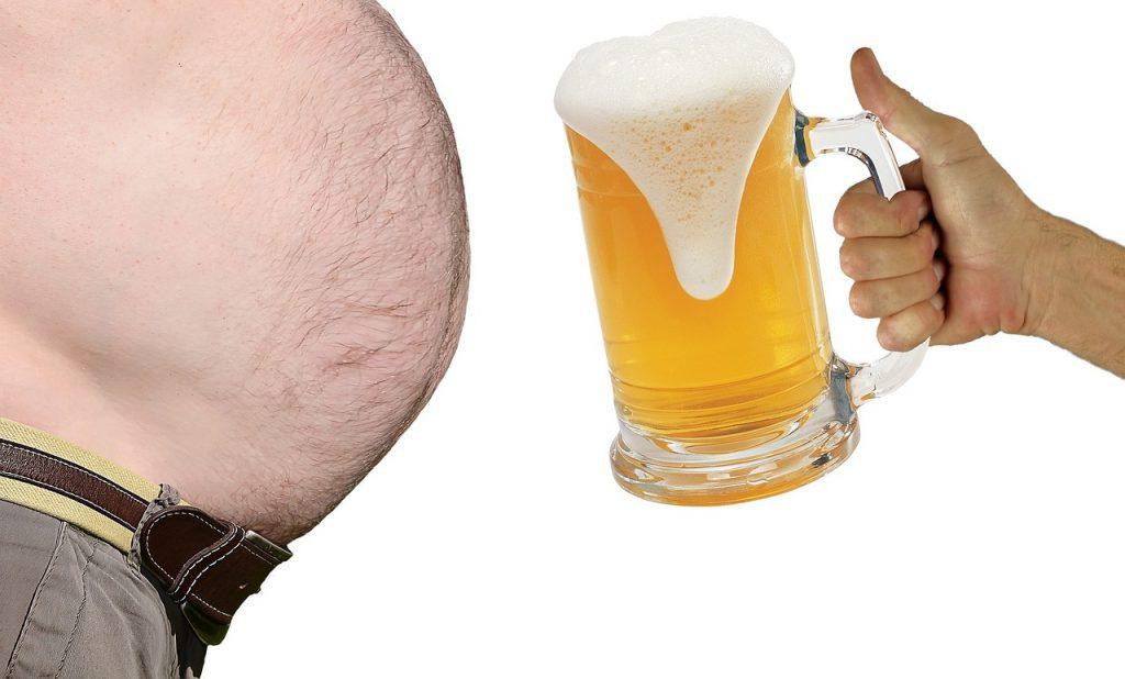 Действительно ли ваш любимый напиток может вызвать «пивной живот»?